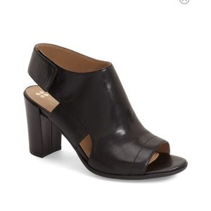 Naturalizer Zahn Sandal black Leather Sz 6M